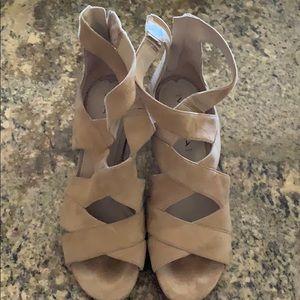 Via aspiga shoes